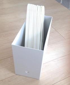 IKEAのハンガーをファイルボックスに収納