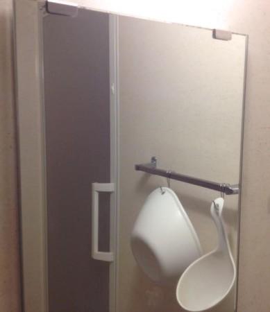 お風呂場の鏡ピカピカ