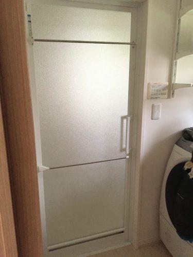 浴室ドア外タオル掛け完成