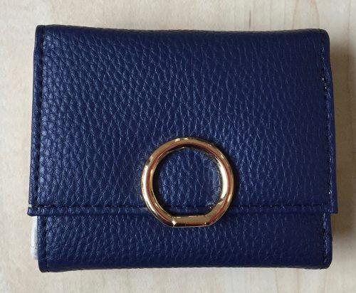プチプラ革財布